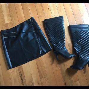Torrid leather mini zip up skirt